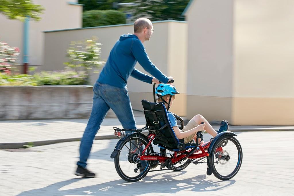Trike pour enfant ou personne de petite taille, de 1,20 à 1,80 m.