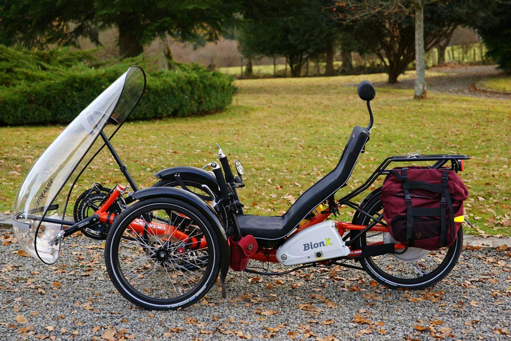 Le tricycle couché HPvelotechnik Scorpion équippé d'une assistance électrique BionX