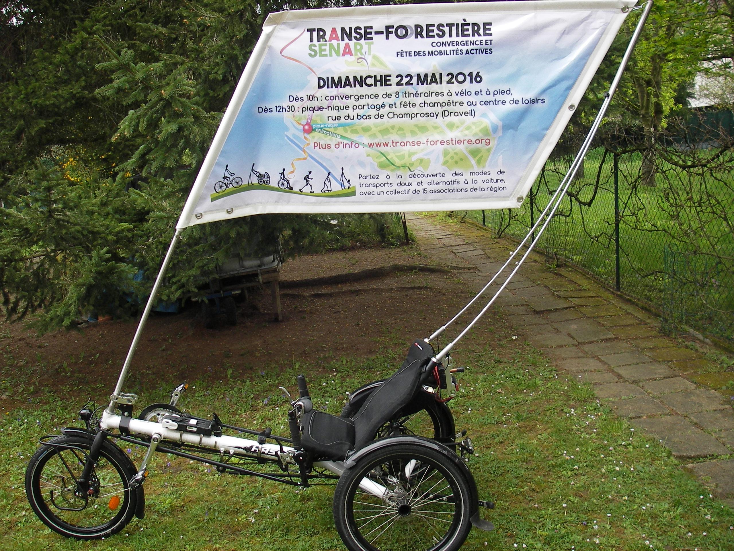 bannière sur tricycle couché Kettwiesel Hasebikes